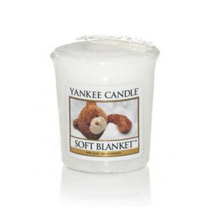 YANKEE CANDLE votívna sviečka -  Soft Blanket 50g