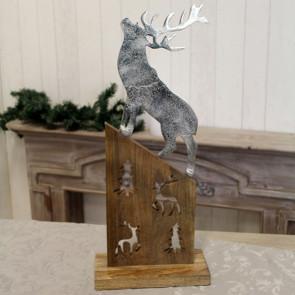 Hliníkový jeleň na drevenom podklade 25x13x60cm