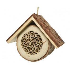 Drevený domček pre hmyz